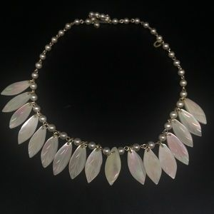 Vintage 1950s Carved Shell Necklace.